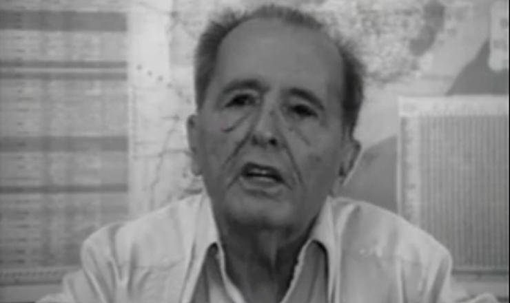 """Trecho de """"O Velho: a História de Luís Carlos Prestes"""" (1997), dirigido por Toni Venturi"""
