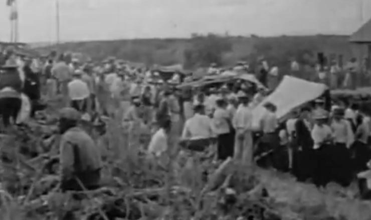 """Os camponeses organizados no Master contaram com o apoio do governador Leonel Brizola. Trecho do documentário """"Brizola: Tempos de Luta"""" (2007), de Tabajara Ruas"""
