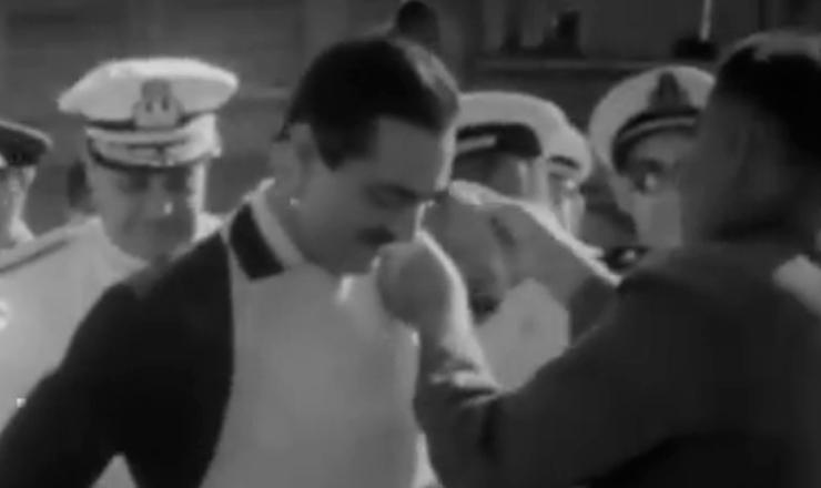 """Ao longo de seu curto governo, Jânio Quadros foi mestre  em se ocupar com problemas banais, desproporcionais à importância de seu cargo. Trecho do documentário """"Os Anos JK: uma Trajetória Política"""" (1980), de Sílvio Tendler"""