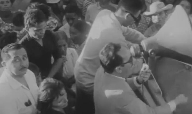 """A proposta inicial do filme """"Cabra Marcado para Morrer"""" era narrar a trajetória de luta de João Pedro Teixeira, membro das Ligas Camponesas da Paraíba. Trecho do filme """"Cabra Marcado para Morrer"""" (1984), de Eduardo Coutinho"""