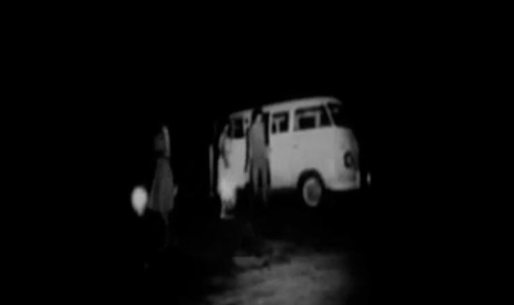"""João Goulart cria a Comissão de Cultura Popular (CCP), sob a presidência do educador Paulo Freire. Trecho do filme """"As Quarenta Horas de Angicos"""" (1963), de Luís Lobo"""