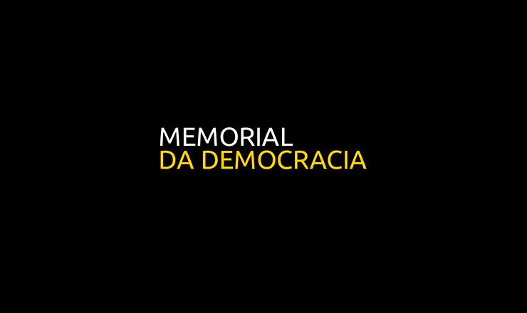"""Luiz Vieira canta  o """"Hino do PTB"""", deJaime Guilherme, acompanhado pela Orquestra Ubirajara"""