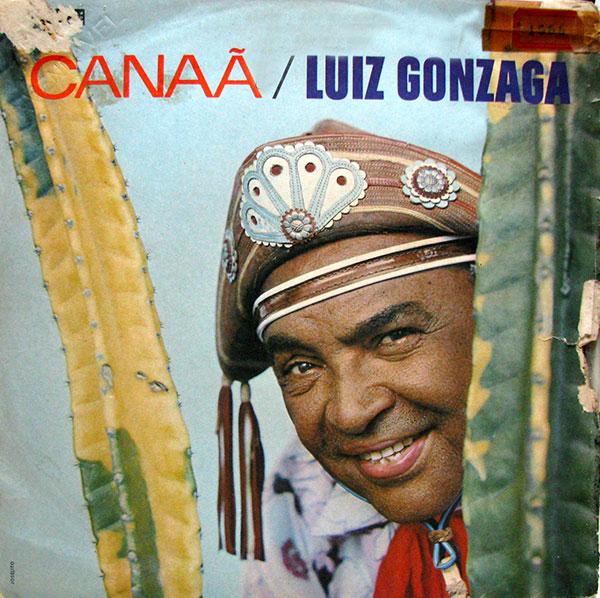 """Trecho de """"Nordeste pra Frente"""", de Luiz Gonzaga e Luís Queiroga, na voz de Luiz Gonzaga"""
