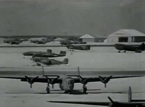 Os norte-americanos  começam a usar oficialmente a base militar em Natal