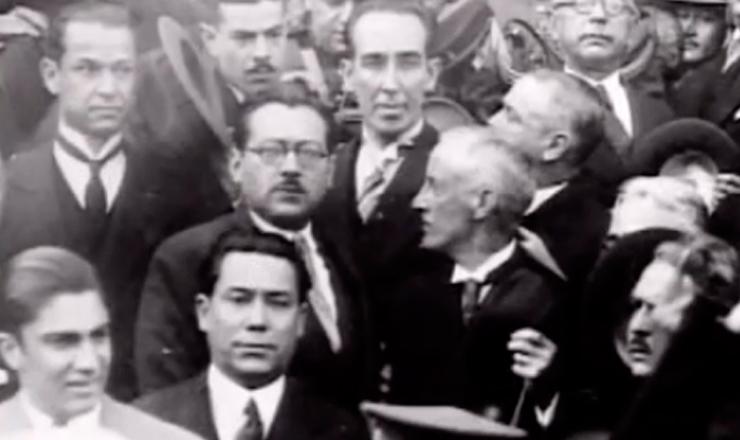 """João Alberto é substituído por Laudo Camargo na interventoria paulista. Trecho de""""1932: a Guerra Civil"""" (1993), de Eduardo Escorel"""