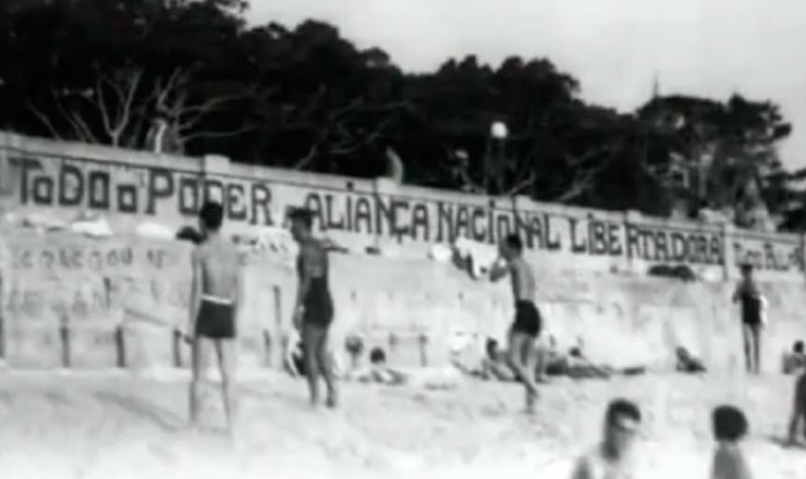 """Vargas fecha a ANL.Trecho do documentário """"1935: o Assalto ao Poder"""" (2002), de Eduardo Escorel"""
