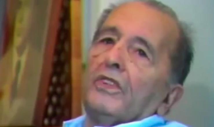 """Depoimento de Luís Carlos Prestes.Trecho do documentário """"1935: o Assalto ao Poder"""" (2002), de Eduardo Escorel"""