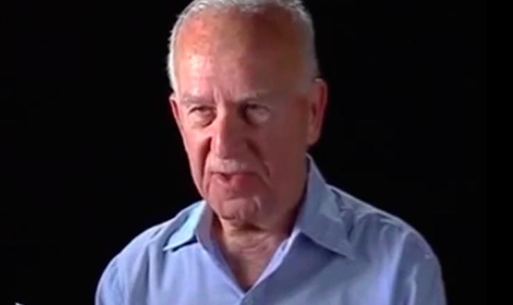"""Depoimento de José Gutman, ex-segundo-tenente do Exército.Trecho do documentário """"1935: o Assalto ao Poder"""" (2002), de Eduardo Escorel"""