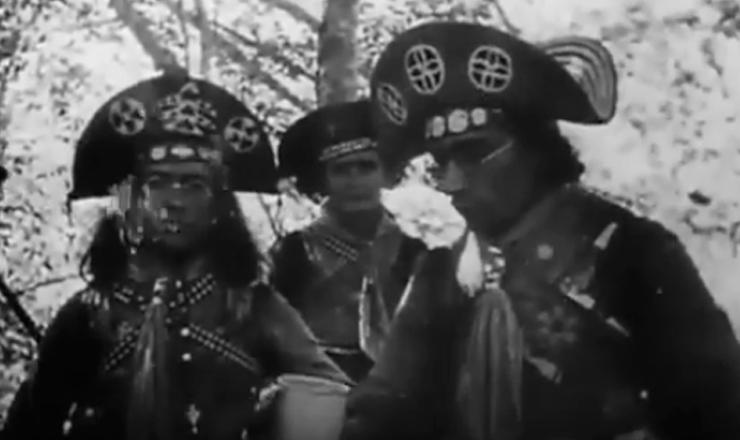 """Imagens realizadas por BenjamimAbraão entre 1936 e 1937, com o apoio de Adhemar Bezerra de Albuquerque. Editado inicialmente em 1937, o filme gerou grande expectativa nacional e internacional, mas foi apreendido pelo órgão de censura do governo de Getúlio Vargas e ficou esquecido nos porões da ditadura.""""Lampião (o Rei do Cangaço)"""" (1937), de Benjamim Abraão"""