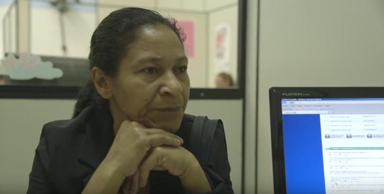 """Trailer do documentário""""Aqui Deste Lugar"""" (2015), de Sérgio Machado e Fernando Coimbra, que acompanha a trajetória de três famílias beneficiadas pelo Bolsa Família"""