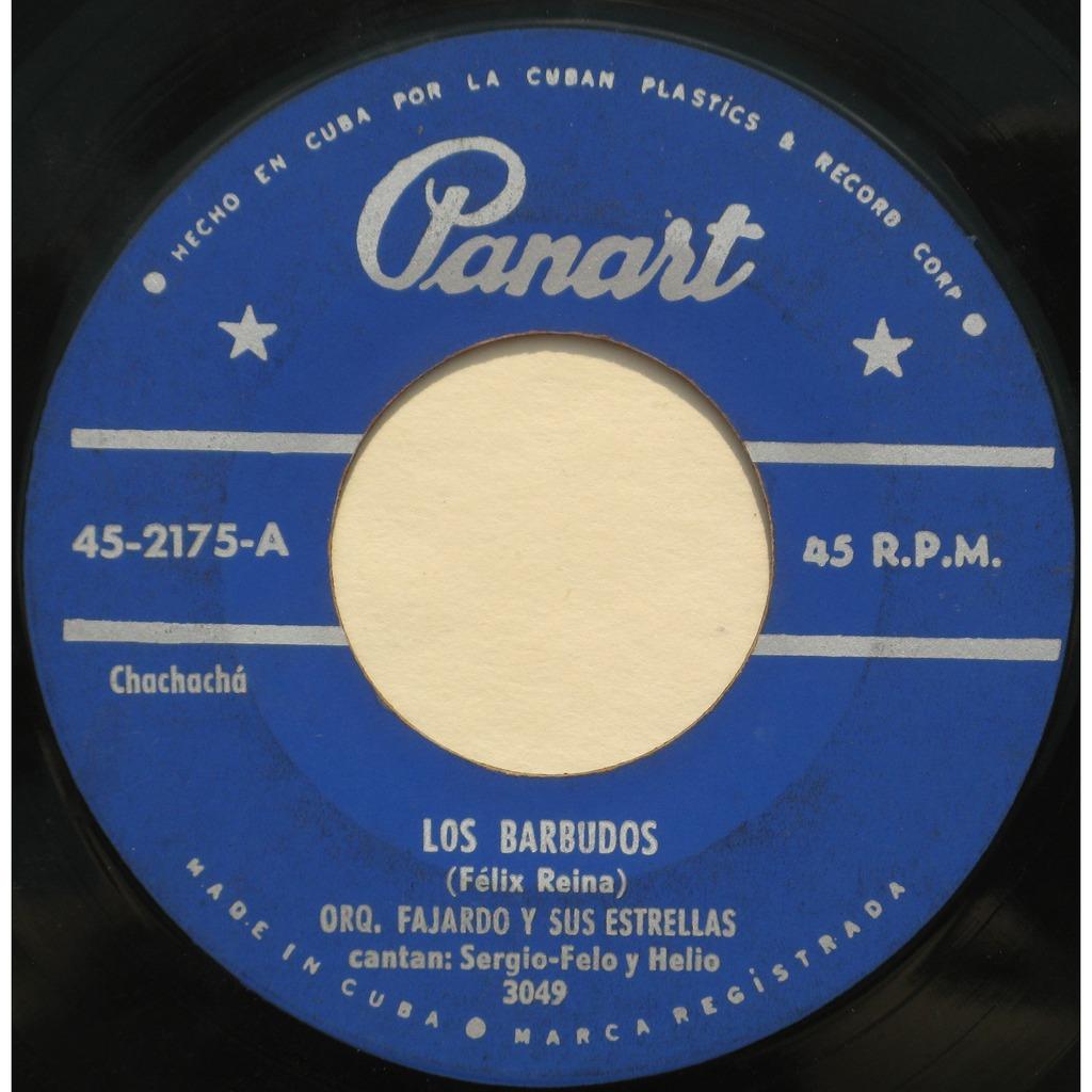 """Sergio-Felo e Helio cantam """"Los Barbudos"""",  de Félix Reina, acompanhados pela Orquestra José Antonio Fajardo y Sus Estrellas"""
