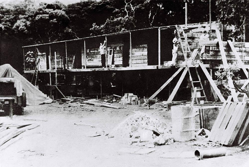 Catetinho foi construído em 10 dias para ser a sede provisória do Poder Executivo. Data: 1956. Arquivo Público do Distrito Federal.