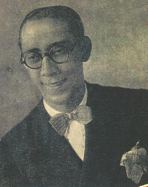 Jaime Vogeler canta  o jingle doSabão Farol, de autoria desconhecida