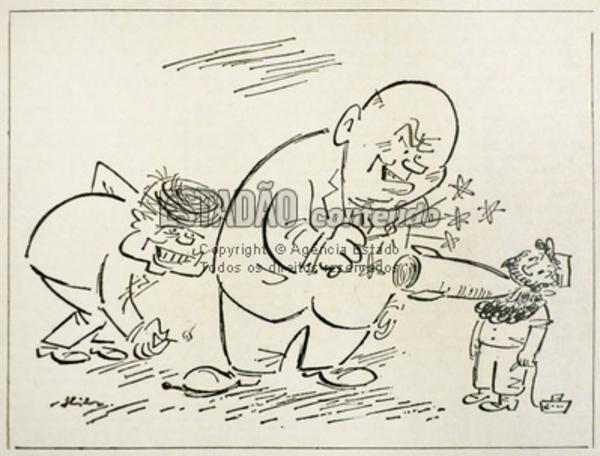 """O  presidente dos EUA, John F. Kennedy, acende um fósforo  no sapato do premiê soviético Nikita Kruschev, que """"acende"""" um míssil na boca do líder cubano Fidel Castro, em charge publicada no jornal """"O Estado de S. Paulo"""", edição de 28/10/1962"""