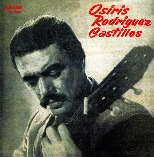 "Osiris Rodríguez Castillos interpreta  sua composição ""Cielo de los Tupamaros"""