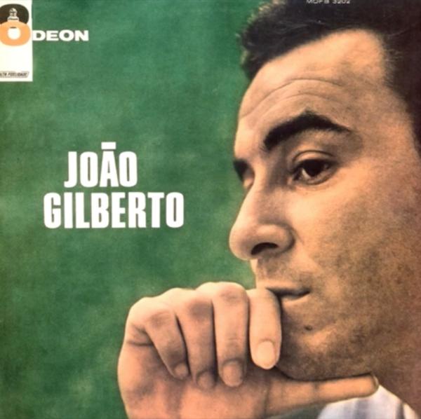 """Trecho de """"O Barquinho""""  (1961), de Roberto Menescal e Ronaldo Bôscoli, na interpretação de João Gilberto"""