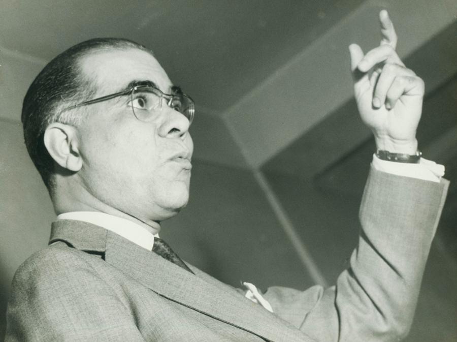 Josué de Castro destacou-se no cenário brasileiro e internacional por seus trabalhos ecológicos sobre o problema da fome no mundo