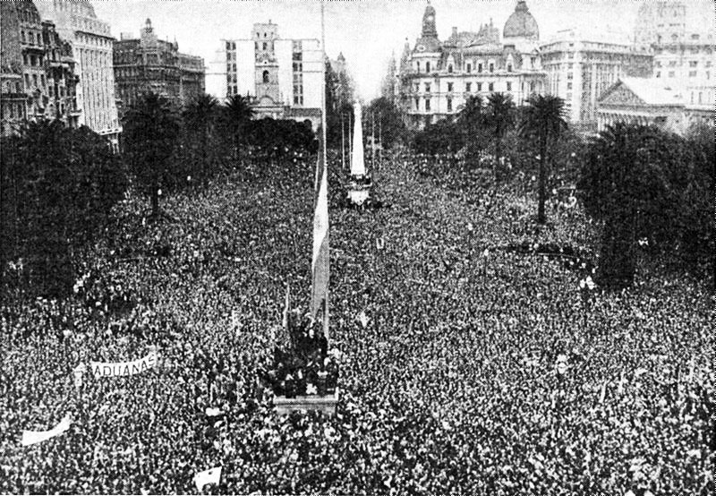 Manifestação convocada por Perón na Argentina