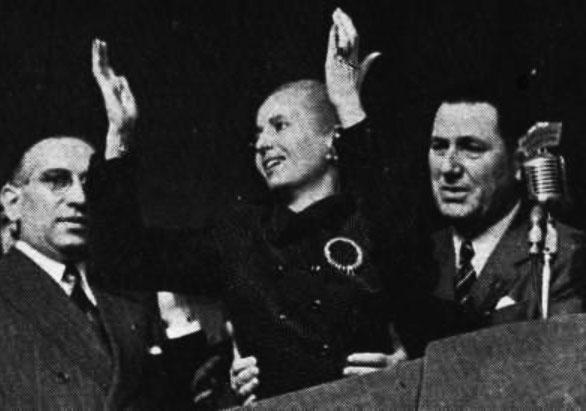 Presidente Juan Domingo Perón e sua esposa, Eva Duarte Perón, em celebração do dia do Trabalhador, na Plaza de Mayo