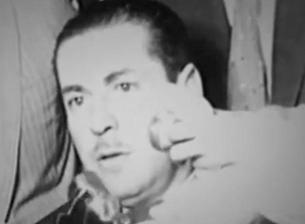 """O então governador do RS, Leonel Brizola, fala  de sua atuação nas horas que sucederam à renúncia do presidente Jânio Quadros, em trecho do filme""""Brizola: Tempos de Luta"""" (2007), de Tabajara Ruas"""