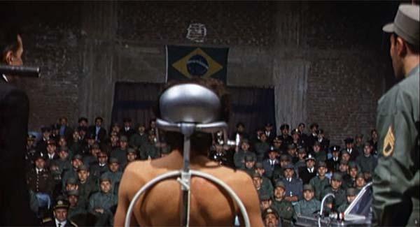 """O filme de Costa-Gavras narra o duplo sequestro no Uruguai e retrata uma """"aula de tortura"""" dada por militares brasileiros"""