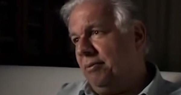 Depoimento de Vladimir Palmeira sobre o enterro do estudante Edson Luís, morto pela polícia, e a Passeata dos Cem Mil