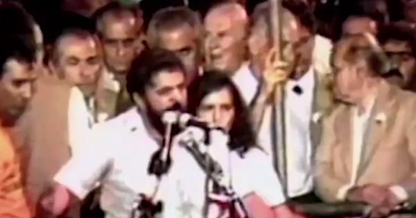 Tancredo Neves, Ulysses Guimarães, Lula e Brizola discursam nos comícios das Diretas-Já