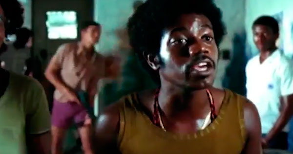"""Sequência de """"Cidade de Deus"""" como traficante Zé Pequeno, interpretado pelo ator Leandro Firmino, da própria comunidade"""