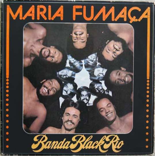 Ofunk e o soul norte-americanosfizeram sucesso entre jovens negros no Brasil, que passaram a se reunir nos bailes funk. A preferência pela música estrangeira valeu críticas de setores da esquerda, mas também permitiu o nascimento da Banda Black Rio, que trazia no nome e no som o orgulho racial.