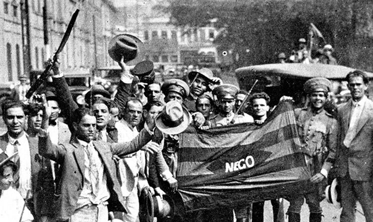 <strong> Partindo de Porto Alegre,</strong> manifestações chegam ao Rio de Janeiro, e a bandeira da Para&iacute;ba vira s&iacute;mbolo do movimento
