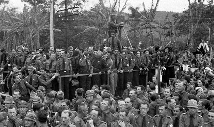 <strong> Concentração em Blumenau </strong> marca o terceiro aniversário da Ação Integralista Brasileira, em outubro de 1935