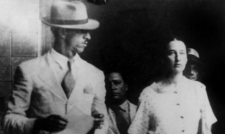 <strong> Olga Ben&aacute;rio ap&oacute;s interrogat&oacute;rio </strong> na Pol&iacute;cia Central do Rio, mar&ccedil;o de 1936&nbsp;