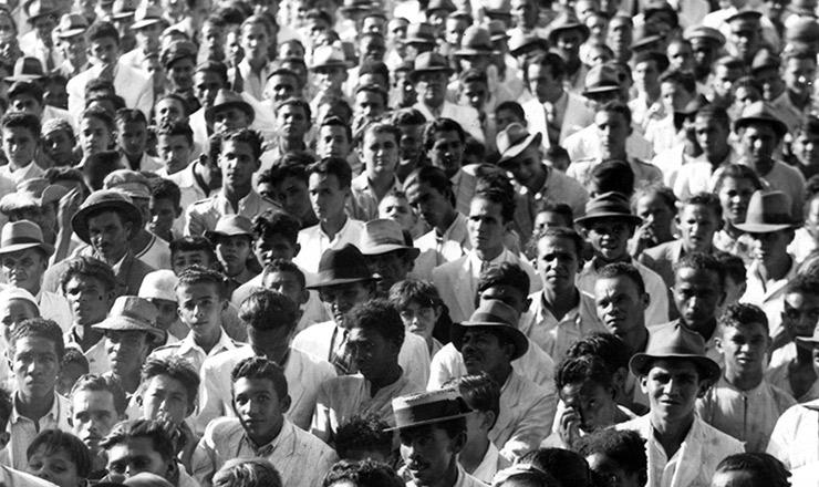 <strong> A popula&ccedil;&atilde;o brasileira</strong> em 1940 j&aacute; ultrapassava 40 milh&otilde;es