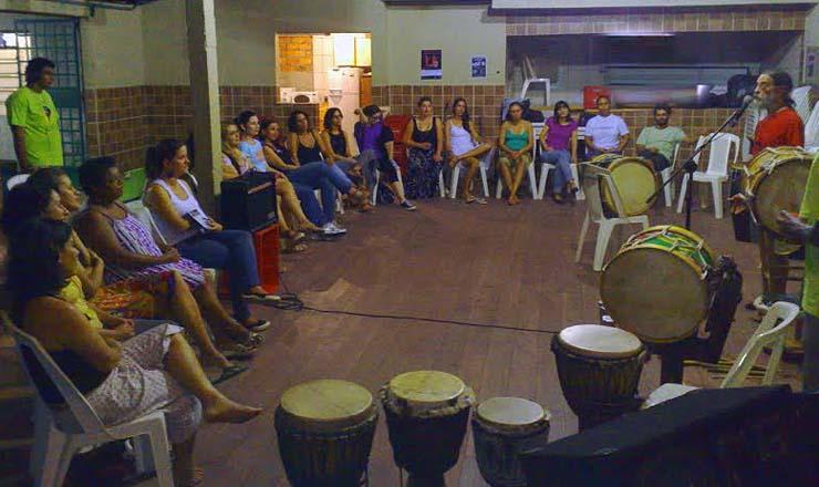 <strong> Ponto de Cultura em Olinda: </strong> a hist&oacute;ria e o som do maracatu