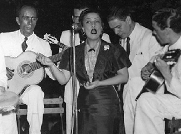 <strong> A cantora Dircinha Batista</strong> , em 1939&nbsp;