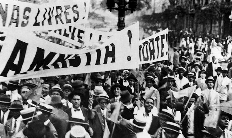 <strong> A campanha da Aliança Liberal toma </strong> as ruas do Rio de Janeiro em&nbsp;1929&nbsp;