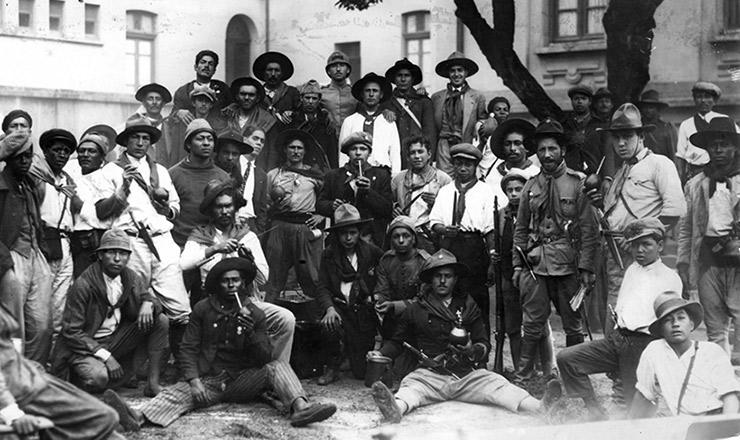 <strong> Combatentes gaúchos</strong> acantonados em São Paulo&nbsp;