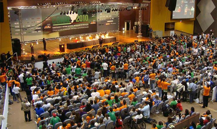 <strong> Plenária da 1&ordf; Conae:</strong> &nbsp;3 mil&nbsp;delegados