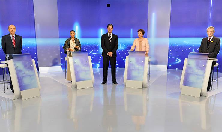<strong> Serra (PSDB), Marina (PV), Dilma (PT) e Plínio Sampaio (PSOL)</strong> no debate do primeiro turno na TV Globo
