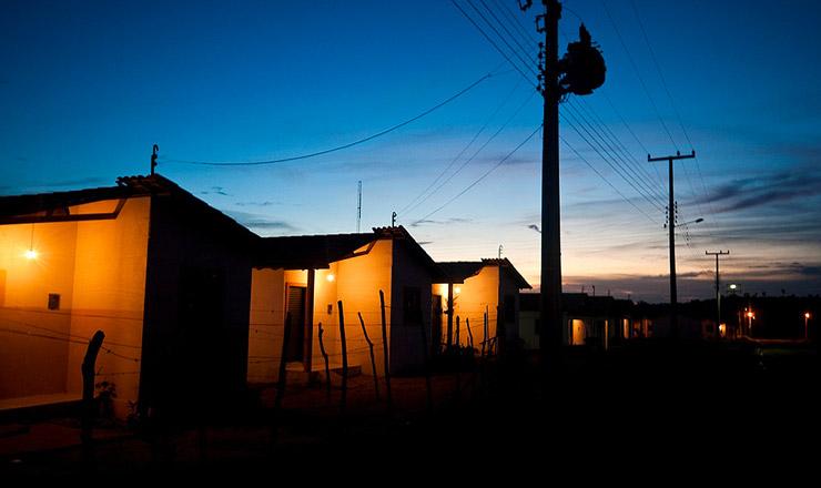 <strong> Luz el&eacute;trica no interior do Tocantins: </strong> programa chega a&nbsp;10 milh&otilde;es de beneficiados em 2009  &nbsp;  &nbsp;