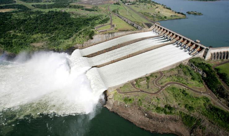 <strong> Revisão do Tratado de Itaipu:</strong> Brasil pagará duas vezes mais pela energia excedente do Paraguai, em troca do fortalecimento econômico regional