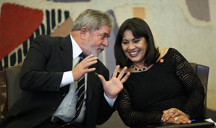 <strong> Lula e Teresa Cruvinel</strong> , primeira diretora presidente da EBC, no lançamento da TV Brasil Internacional, em maio de 2010