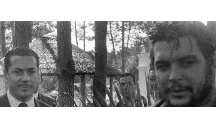 <strong> Brizola com Che Guevara</strong> durante visita do l&iacute;der cubano ao Brasil&nbsp;