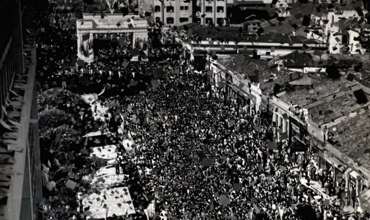 <strong> Desfile dos expedicionários</strong> na avenida São João, em São Paulo