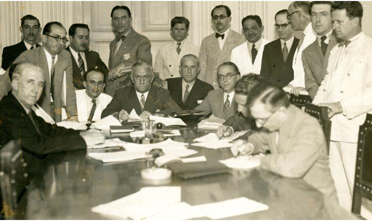 <strong> Comiss&atilde;o&nbsp;Especial de Repress&atilde;o&nbsp;ao Comunismo </strong> durante reuni&atilde;o, em dezembro de 1935&nbsp;