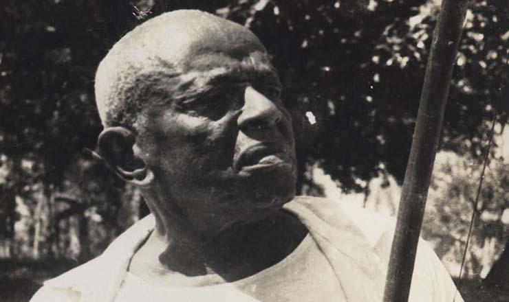 <strong> Mestre Bimba</strong> , o criador da capoeira angola&nbsp;