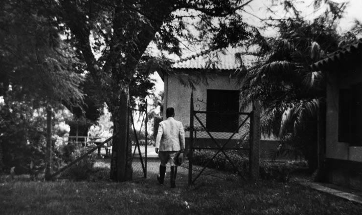 <strong> Depois da queda,</strong> &nbsp;Get&uacute;lio volta para S&atilde;o Borja, outubro de 1945  &nbsp;