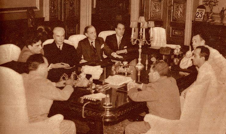 <strong> Conselho Nacional de Imprensa re&uacute;ne-se&nbsp;</strong> com Get&uacute;lio Vargas e com o diretor do DIP, Lourival Fontes, em 1941