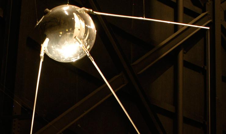 <strong> R&eacute;plica do Sputnik-1 exposta </strong> no Museu Nacional da For&ccedil;a A&eacute;rea dos Estados Unidos em Dayton, Ohio.  &nbsp;