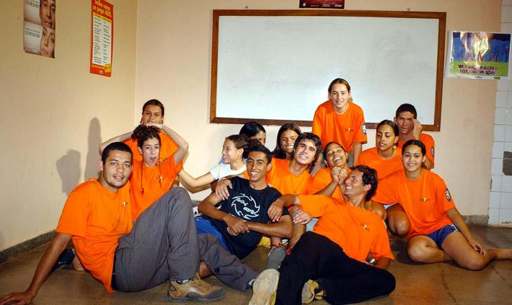 <strong> Grupo de dança Atitude,</strong> selecionado em setembro de 2004 pelo programa Pontos de Cultura